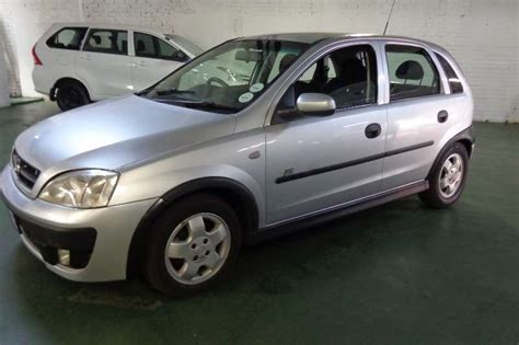 corsa opel 2004 2004 opel corsa 1 6 sport hatchback fwd cars for sale