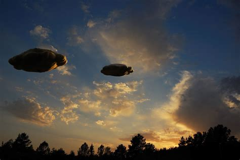 Sightings Sightings And More Sightings by Ufo 2016 Liveleak Awesome Ufo Ufo Sighting 2016