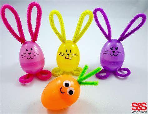 easter craft top 10 diy easter crafts for plastic eggs easter