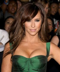 what happened to jennifer love hewitt news and updates