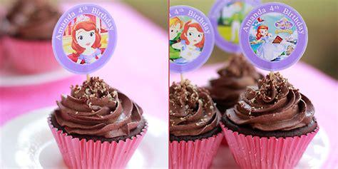 Coklat Kotak Kecil Kue Tart kue ulang tahun anak dengan hiasan cupcake lunetta