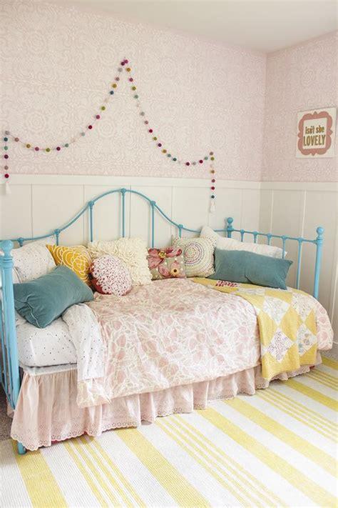 little girls bedroom rugs girl rooms pretty little girls and little girls on pinterest