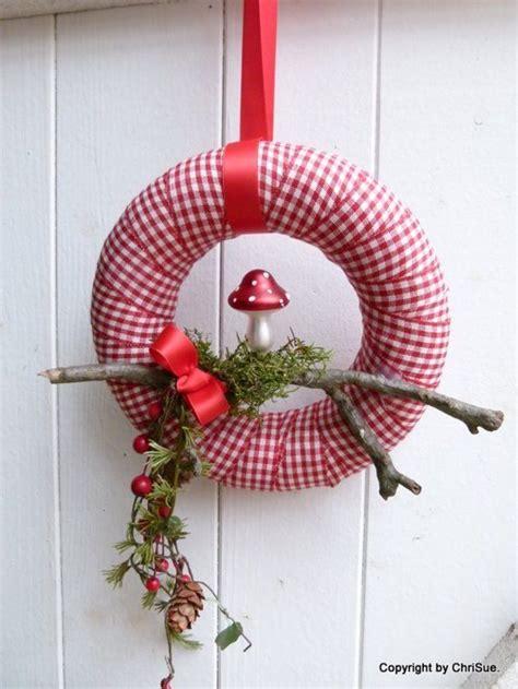Osterkränze Aus Naturmaterialien 3971 t 252 rkranz n 228 hen weihnachtlichen t rkranz n