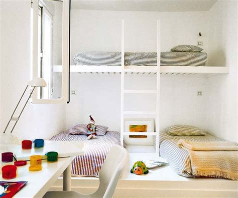 three in a bed 16 clever ways to fit three kids in one bedroom