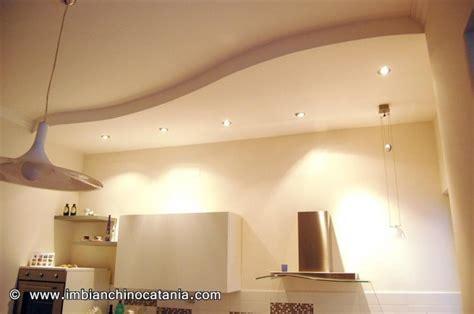 pittura per soffitto controsoffitto a esse pittura decorazione