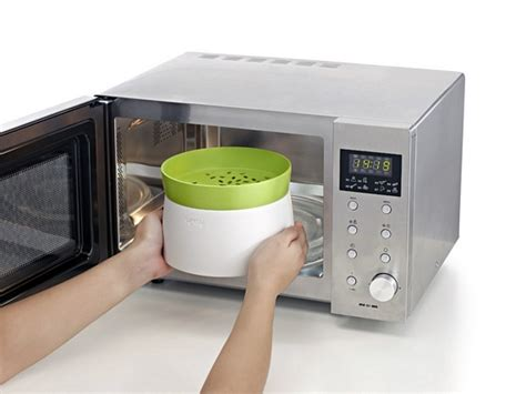 Niple Silicon Rice Cooker lekue turns your microwave into a better rice cooker
