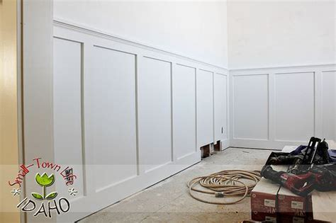 Cheap Wainscoting Ideas by Inexpensive Board And Batten Wainscot How To Wainscoting