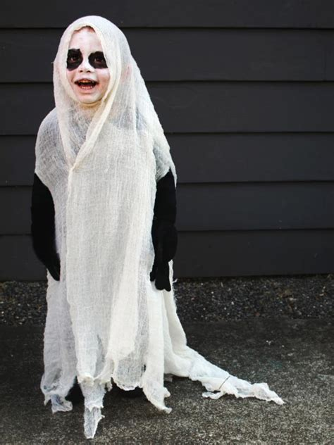 give  twist   classic halloween ghost costume