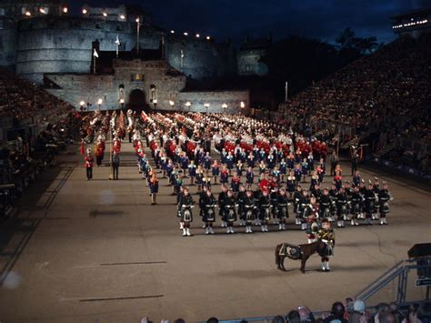 edinburgh tattoo end time towards the end bild fr 229 n the royal edinburgh military
