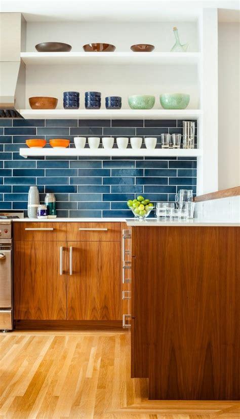 blauer küchen kanister welche wandfarbe passt zu weisse m 246 bel