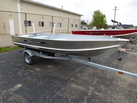 lund boats lapeer mi 2016 lund a 14 tiller 14 foot 2016 lund boat in lapeer