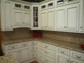 Kitchen Cabinets And Granite by Off White Kitchen Cabinets With Granite Countertop Home