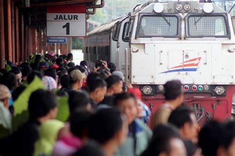 denah tempat duduk kereta api gajah wong ultah ke 70 kai yogyakarta tawarkan tiket rp70 000