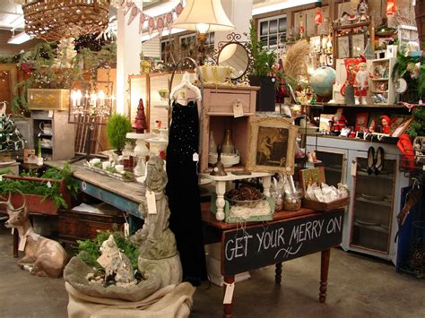 xmas antique booths monticello antique marketplace an amazing show
