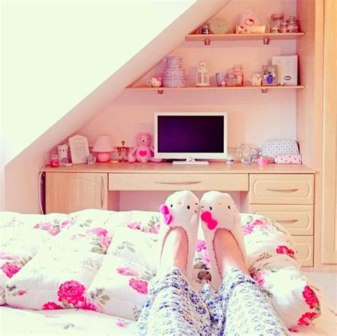 cute girly bedrooms cuttiee room via facebook image 2043477 by