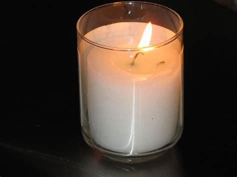 canapé boconcept file yahrtzeit candle jpg wikimedia commons