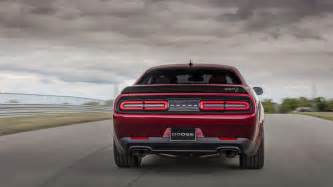 dodge lends broad shoulders to 2018 srt hellcat