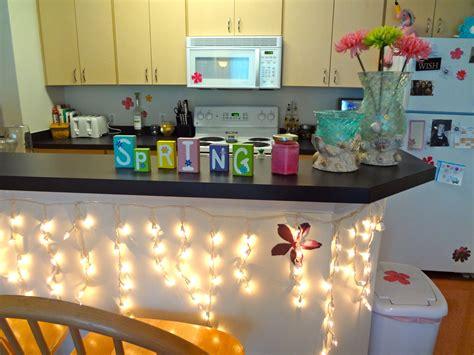 college apartment kitchen     soo pretty