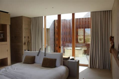 hotels with in room utah view of bed and room picture of amangiri big water tripadvisor