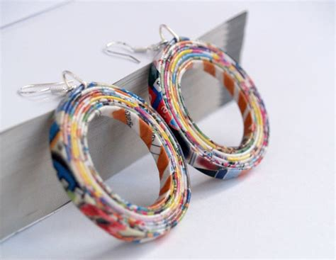 Paper Jewellery Materials - 10 ways to re use waste paper
