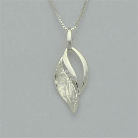 shadows fall sterling silver textured leaf pendant with