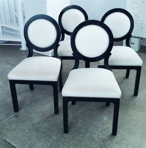 White And Black Dining Chairs Set Of Four Regency Black And White Circle Back Dining Chairs At 1stdibs