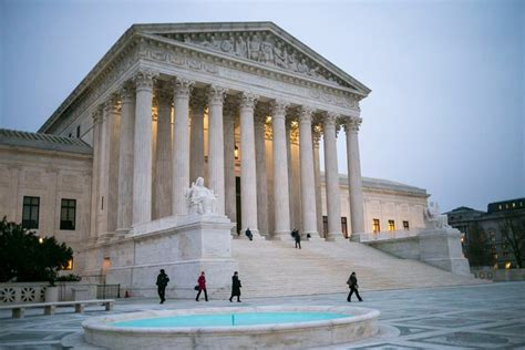supreme court how a supreme court could or could not sway