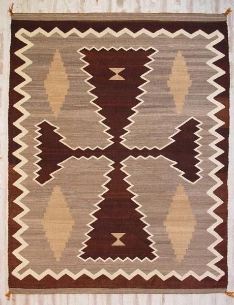 cleaning navajo rugs two grey navajo weaving historic ght 2008 navajorug