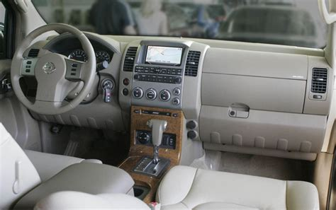 nissan navara 2006 interior navara pathfinder interior 2013 2017 2018 best cars