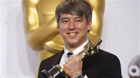 film oscar whiplash tom cross wins oscar for best film editing for whiplash