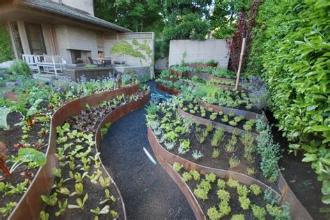 backyard raised garden ideas 24 fantastic backyard vegetable garden ideas