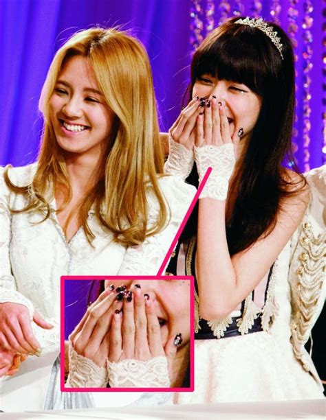 [Ceci] Beauty Scoop: Celebrity Nail Art (Tutorials for Tiffany's & Goo Hara's Nails)   Soompi