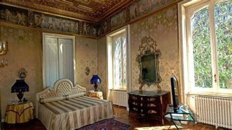 stanza da letto antica higuain ecco la villa di lusso con piscina in centro a