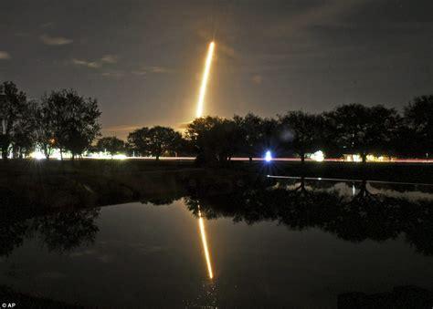 elon musk zuma elon musk s space x launches secretive zuma spacecraft
