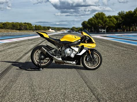 Yamaha Motorrad 2016 by Yamaha Yzf R1 2016 60th Anniversary Motorrad Fotos