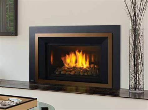 Regency Fireplace Insert by Regency Hri4e Gas Fireplace Insert
