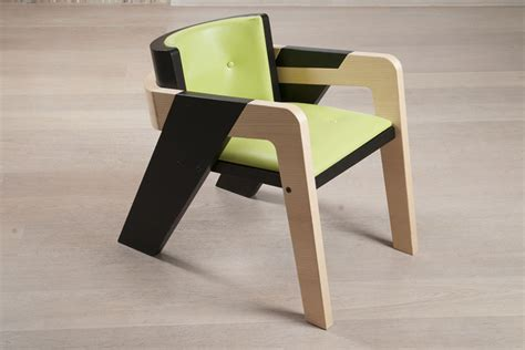 elegant self assembly io chair designed for introspection io chair by fidi florence italy 187 retail design blog