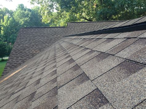 roofing gaf ridge vent to helps exhaust heat and moisture