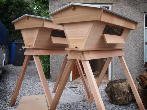cedar top bar hive pour les abeilles fran 231 aises peak hives co uk