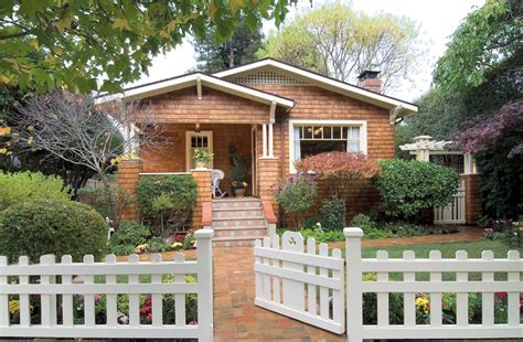 craftsman bungalow bungalows of the arts crafts movement old house online