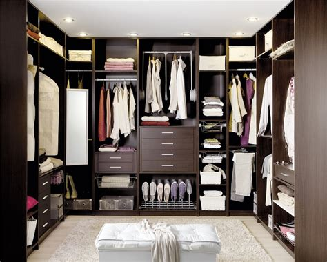 guardarropa organizado 7 trucos para organizar tu armario mujerhoy