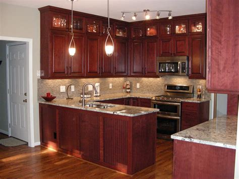 cherry wood kitchen cabinets the charm in kitchen cabinets