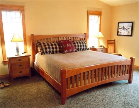 craftsman bedroom furniture craftsman bedroom set in cherry gt montana fine furniture