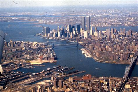 manhattan view file aerial view of east river lower manhattan new york