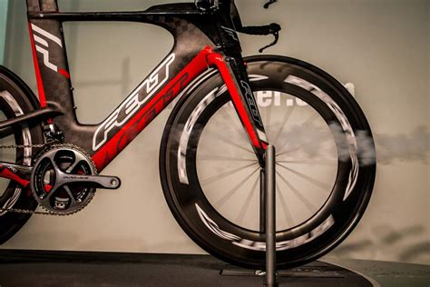 road bike wind knight composites takes shadowy flight into drag fighting
