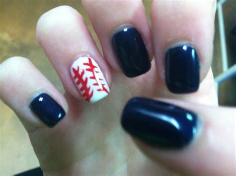 tiger pattern nail art detroit tigers nail art nail art pinterest