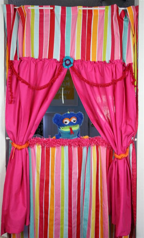 puppet curtain doorway puppet theater using tension rods one rod at the
