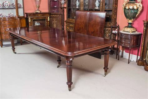 vintage victorian style mahogany dining table  sixteen