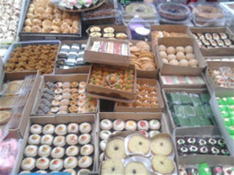 pasar kue subuh blok  square