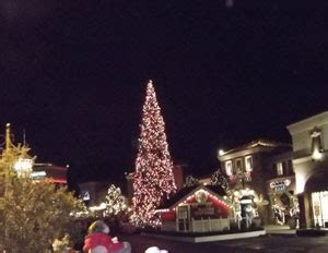 westlake village christmas tree lighting critical section lighting santa s tree